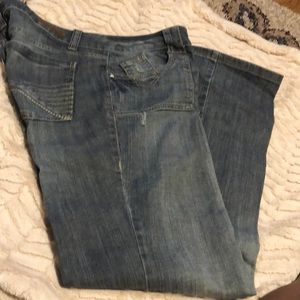 Mint Condition DKNY faded blue Jeans 10